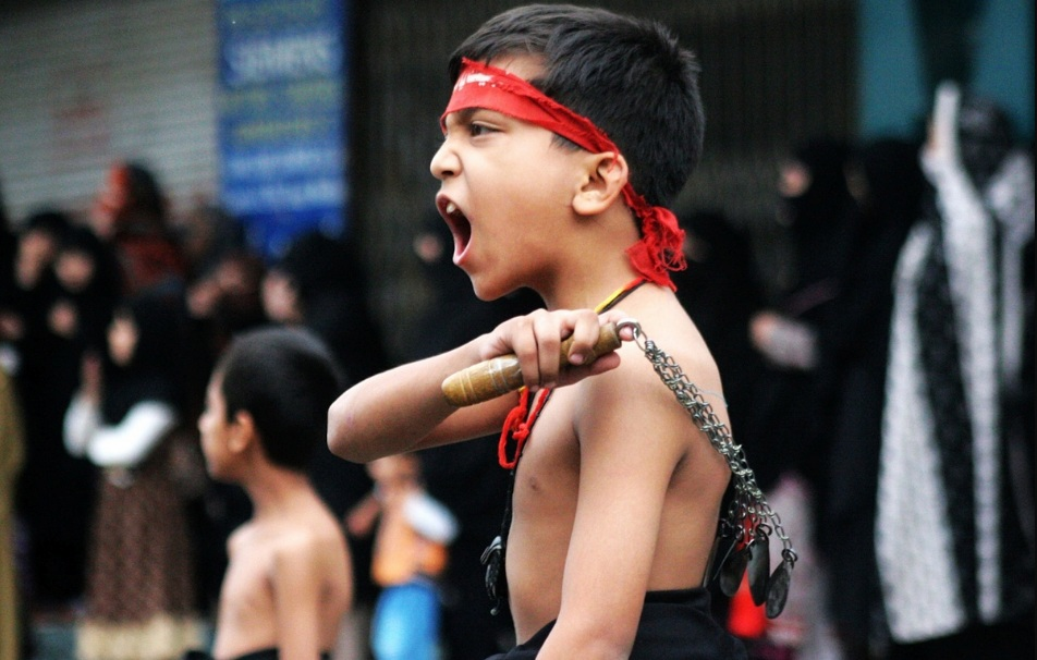 Bizarre Culture & Customs Around The World - Mourning of Muharram